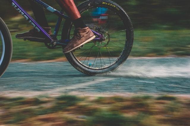 Bicycle speeding away